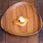デンマーク産の厚いミルキーなクリムチーズとデニッシュ生地がぴったりです。