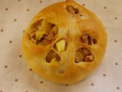 ホロホロ鳥のパン