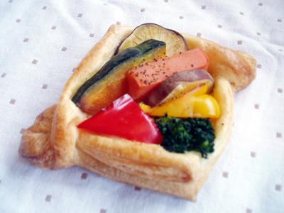 野菜デニッシュ